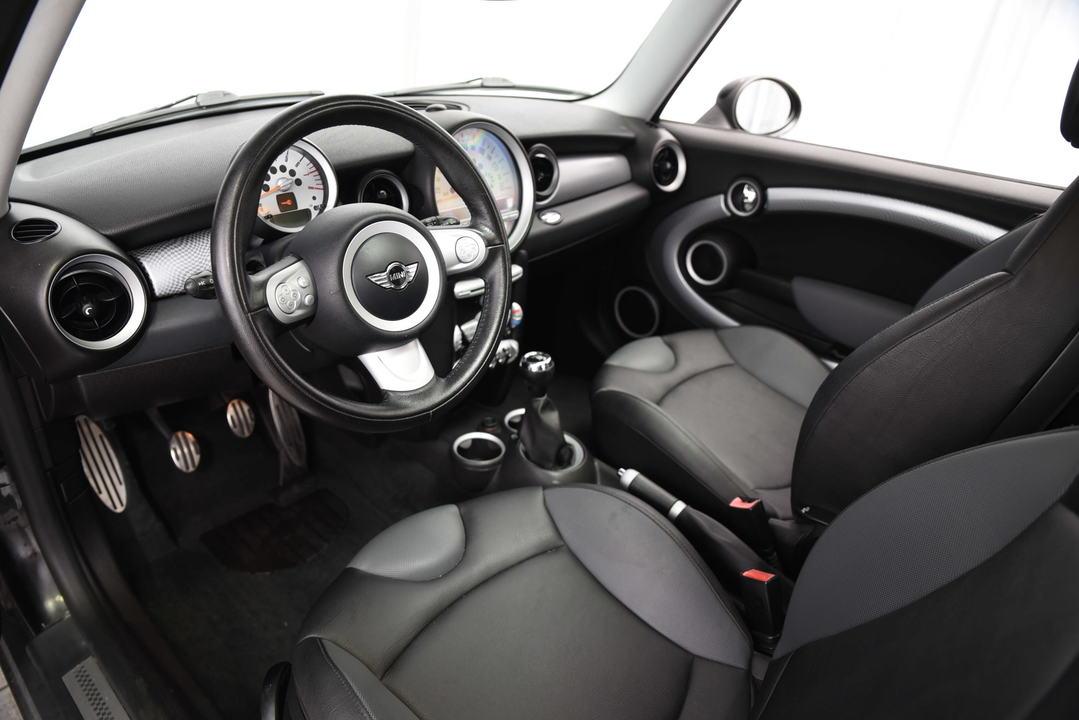 2009 Mini Cooper Hardtop  - Desmeules Chrysler